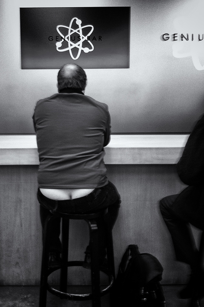 The Genius Bar. Boulder, Colorado, 2014