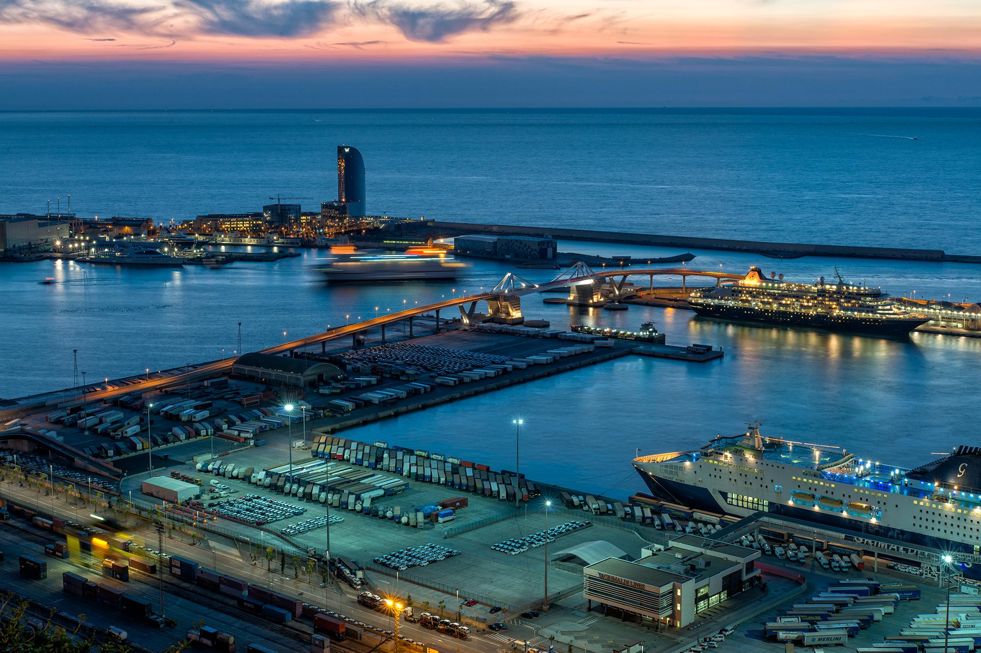 Barcelona Port Dawn, #1. Barcelona, 2015
