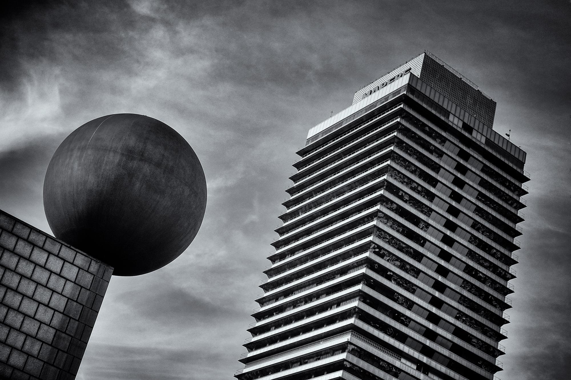 Ball and Layers. Barcelona, 2015
