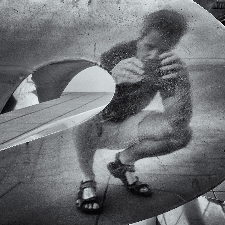 Self-Portrait in Aluminum. Barcelona, 2015
