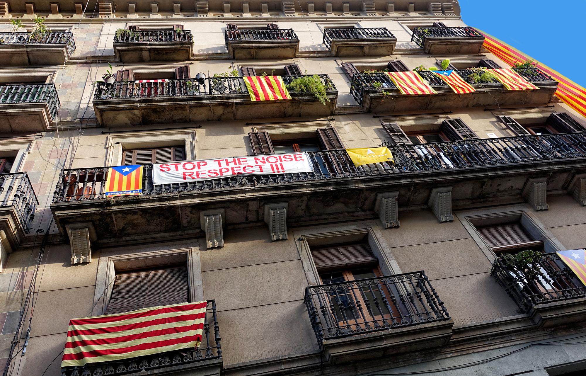 Stop the Noise! Near a Barcelona tourist area, 2015