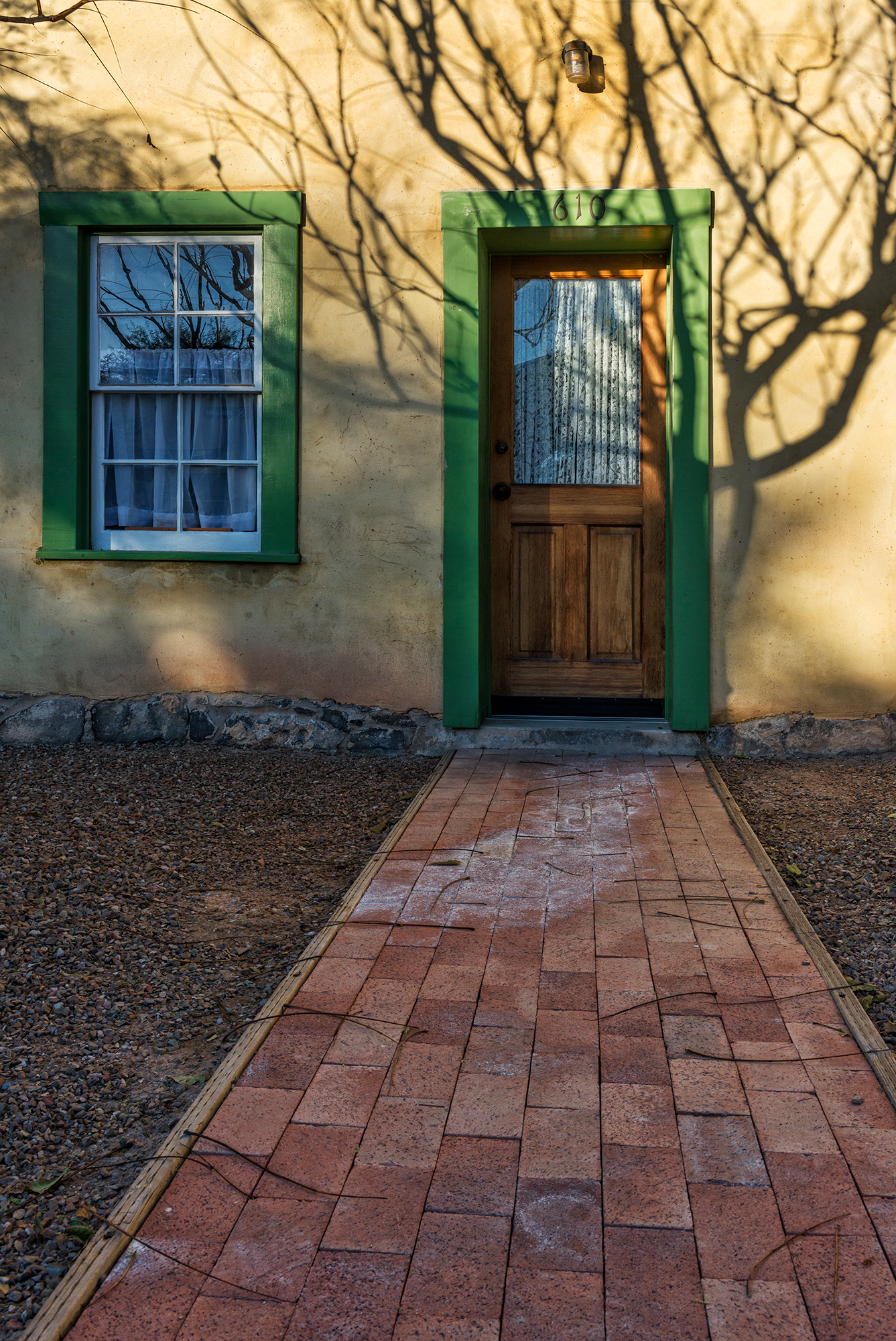 Green Trim. Tucson, Arizona, 2015